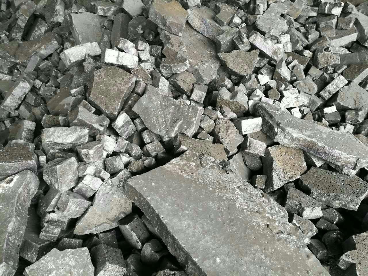 硅钙自然块